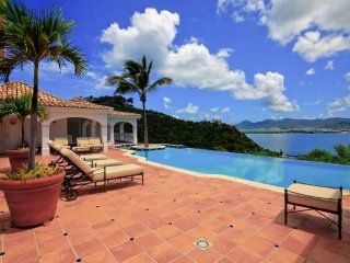 Spacious 5-bedroom villa at Terres Basses.