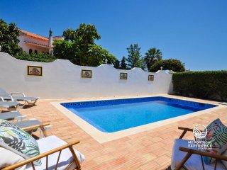 Bellegarde, vivenda privada com piscina a pouco minutos a pé da Praia