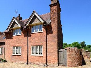 Gardener's Cottage-Brill Holiday Cottage