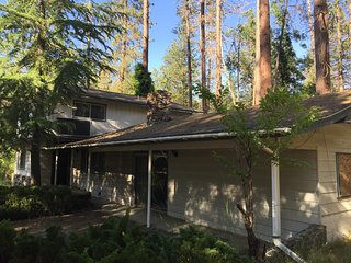 Yosemite and Bass Lake Sleeps 8