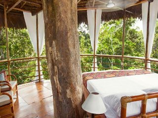 Treehouse 6  Casa Alta - 65ft - Sleeps only 2 twins