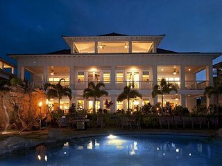 Best Quiet Luxury Villa on the Island! Right near World Class Beaches