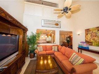 5-bedroom Villa sleeps 12 with Air Conditioning and Full Resort Amenities