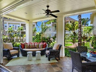 Beach Access from Huge Poolside Villa. Welcome to Paradise!