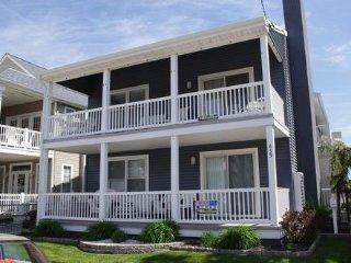 839 Brighton Place 1st 112731