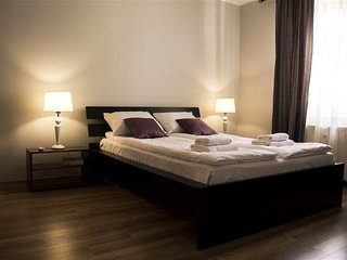 M5 apartment in Stare Miasto with WiFi & airconditioning.