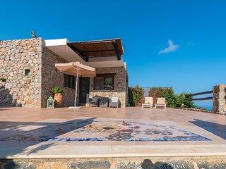 Romantisches Steinhaus mit Pool Studio Rigani