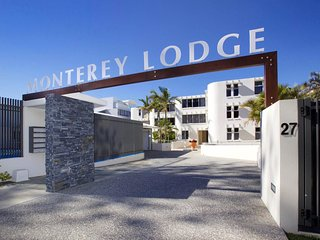 Monterey Lodge Unit 8 Kings Beach QLD