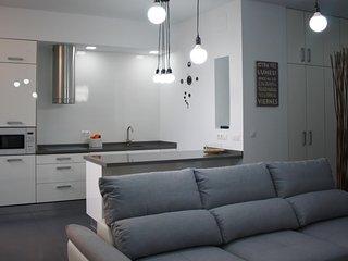 Apartamento Loft en el Centro con Aparcamiento VFT/SE/01913