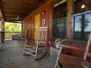 Alamo Springs: The Barn