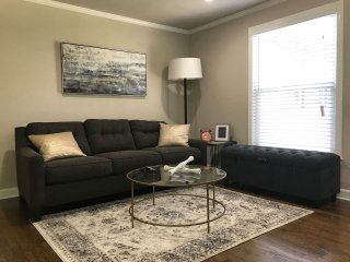 Serene Upgraded Home In Premier Location