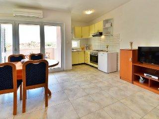 Apartments Golub 1