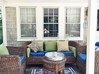 LOVELY CAPE COD VACATION BUNGALOW LOCATED IN ROCK HARBOR AREA OF ORLEANS