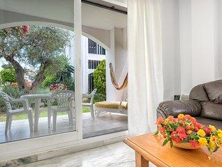 Albamar 19-1, Modern 2BR Duplex in 500 m to the Beach in Riviera del Sol