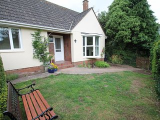 Number 4 St George's, Dunster - Quiet location in the heart of Dunster - sleeps