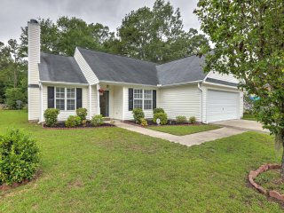 New! 3BR North Charleston Home w/Backyard Pond!