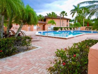 Conveniently located in south Naples just minutes north of Marco Island.