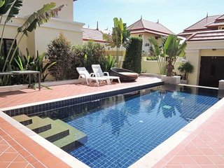 Villa Ream 3 bedrooms sleeps 6 In Pattaya