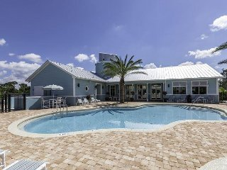 Plenty of Room In This Luxury 3/2 Condo at a Great Waterfront Resort Book Now