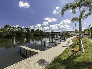 Brand New 3/2 in a Great Waterfront Complex! Fun in the Sun is Right Here.