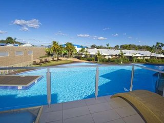 Pacific Blue Apartment 278, 265 Sandy Point Road - WIFI