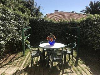 Appartement Capera : vacances avec jardin à 900m des plages