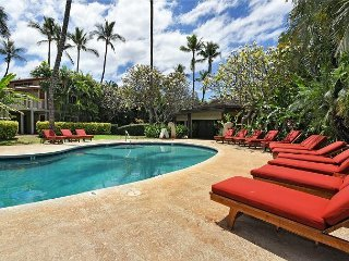 Aina Nalu A104 Heart of Historic Lahaina Summer Special $139 2/2 Sleeps 6