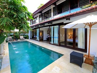 Stylish Balinese 3 Bedroom Villa, Central Seminyak'