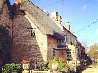 Thatched Cotswold Stone Cottage