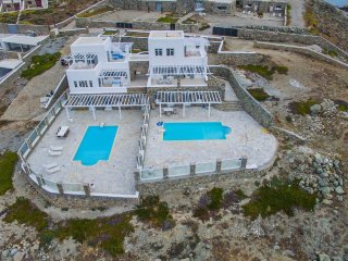 Delmar Estate|2 Private Pools|Seafront |AMAZING sunset view!!