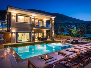 Villa Crete eu with stunning sea view and private heated pool near sandy beach