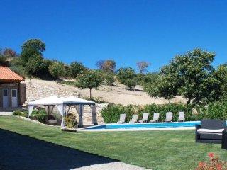 Sunny house Granja Penedono w/pool