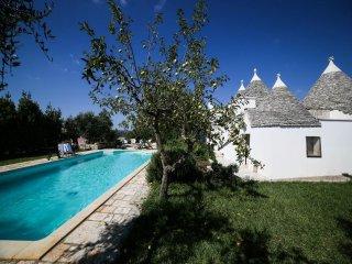 3 bedroom Villa in Locorotondo, Apulia, Italy : ref 2269003