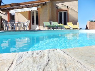Bright apartment in Barbaggio, Haute-Corse, with swmming pool and stunning view