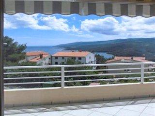 Modern flat with sea views