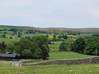 National Park location, 7 acre private grounds with fell views
