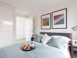 ♤ Boutique Duplex Penthouse Apartment ♤