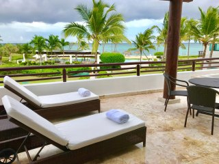 FRONT BEACH APARTMENT WITH SEA VIEW, PUNTA CANA