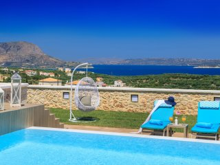 Luxury Villa Rhea with Spacious Pool and Surprising Sea and Mountain Views