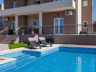 Luxury apartment in Split - Sunny Garden A1