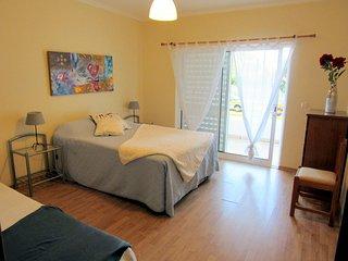 Apartamento Albufeira, terraza, Piscina, Tenis, AC.