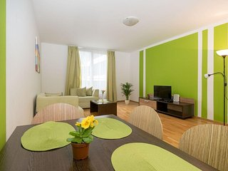Angel II apartment in Smíchov with WiFi, privéparkeerplaats, privéterras & lift.