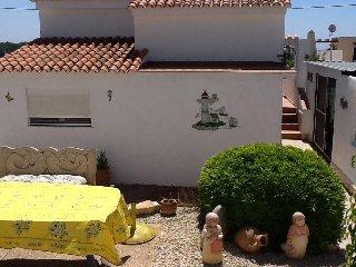 Casa Claudia,Nuevo,6 Person ,Spulmas,Lavaplatos,wlan,Baby,Kinder Nino,Bienvenido