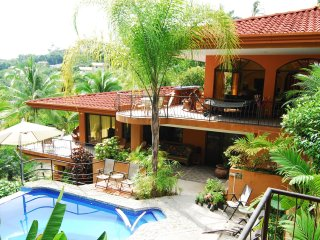 CasaTolteca -Your Private Luxury Estate Near Beach