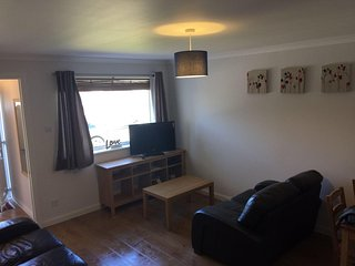 Lower Hillview Apartment - Comfortable & Affordable - Peterculter, Aberdeen