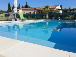 Modern 3 bedroom house in pomas with a furnished terrace and swimming pool!