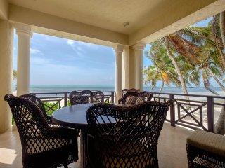 Beachfront Grand two bedroom suite