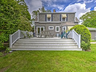 Rye Cape Cod House w/ Easy Jenness Beach Access!