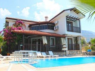 8 People for Holiday Villa Perdita in Oludeniz