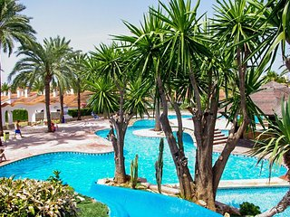 Stylish villa with pool, near beach